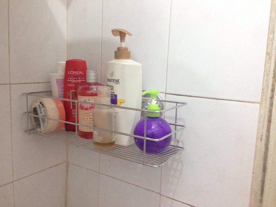 Kệ đựng đồ phòng tắm inox hút chân không